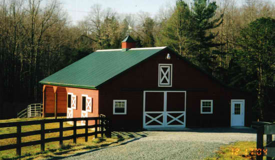 Horse Barn with 3 stalls in Oregon