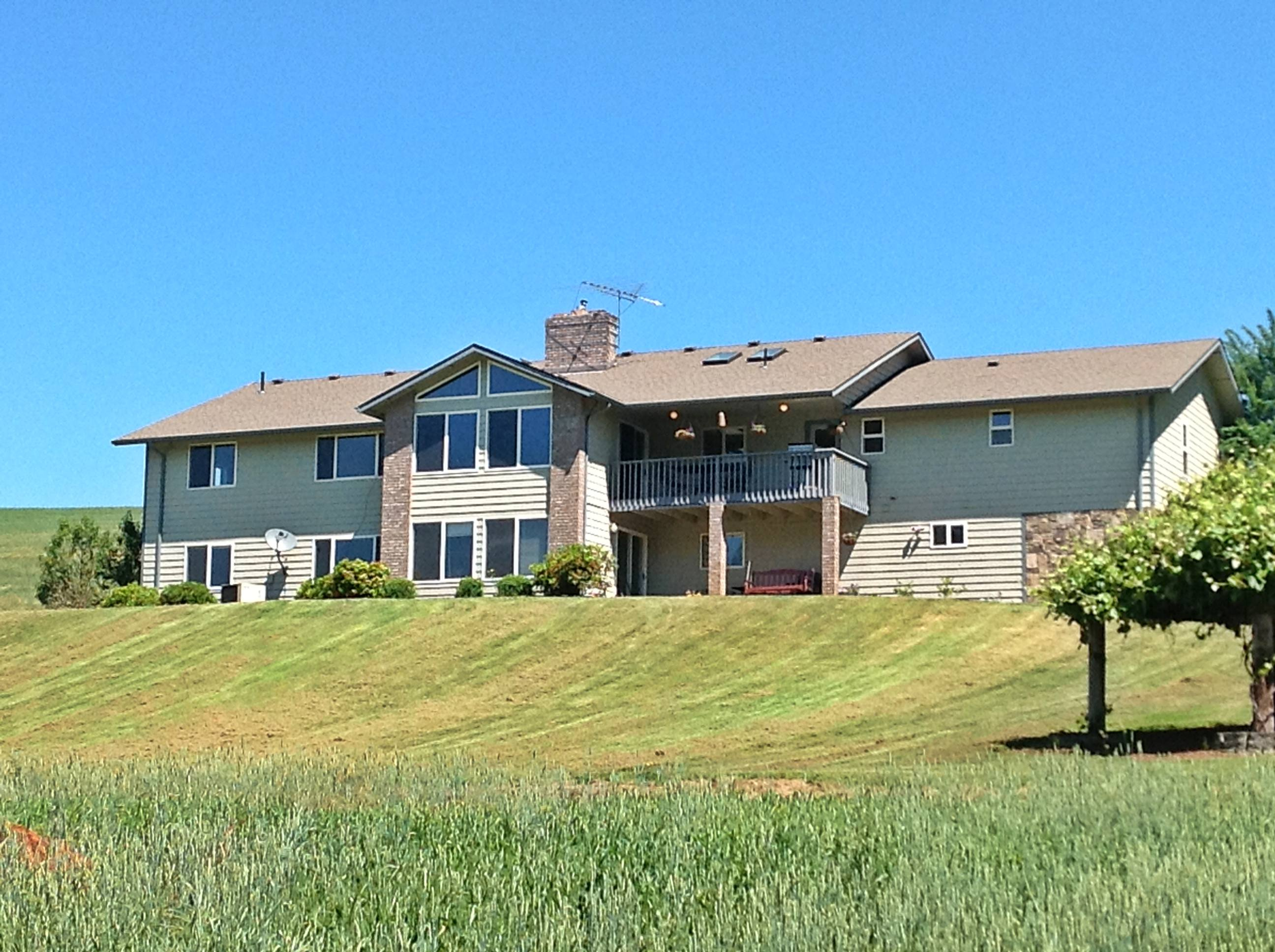 Dual Living In South Salem On 30 Acres Homes With Horse